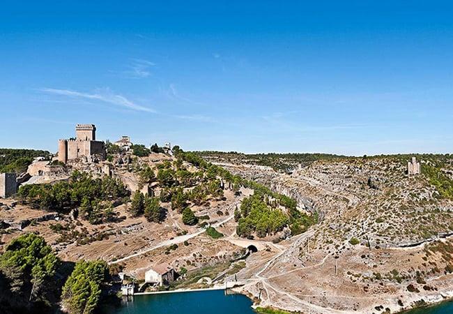 Alarcón y su impresionante entorno en Cuenca