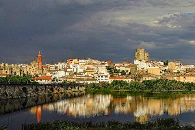 La villa ducal de Alba de Tormes, en Salamanca
