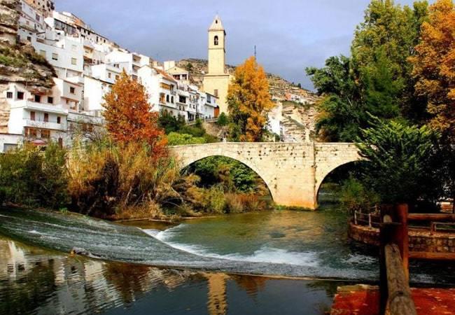 Alcalá del Júcar: descubre Albacete y uno de los pueblos más bonitos de España