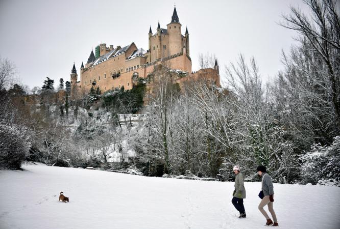 El Alcázar de Segovia nevado