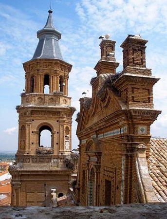 Alfaro, cigüeñas y vino en la Comunidad de La Rioja