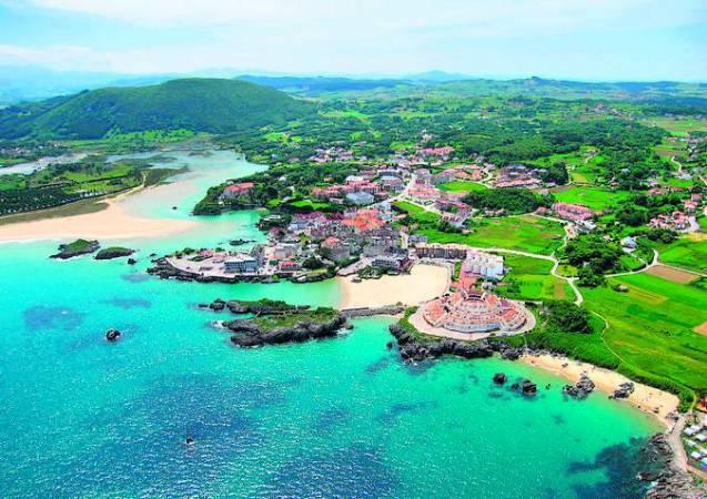 La villa costera de Arnuero, en Cantabria