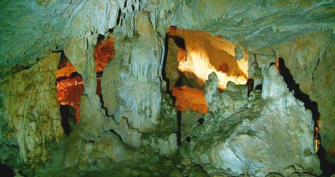 Pinturas Rupestres Paleolíticas de la Cueva del Niño, en Ayna