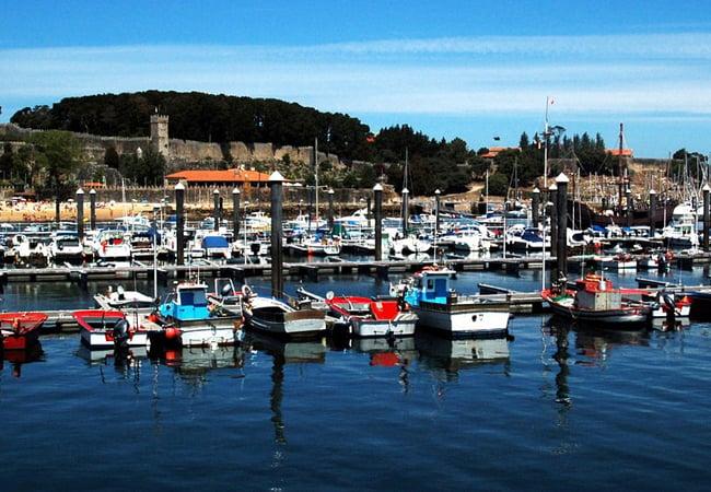 Baiona, una villa medieval a la orilla del mar en Pontevedra