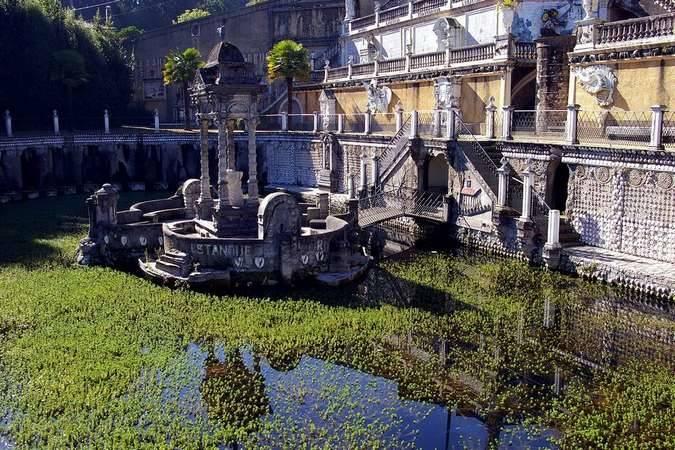 Reproducción del Parque del Retiro en el Parque del Pasatiempo de Betanzos