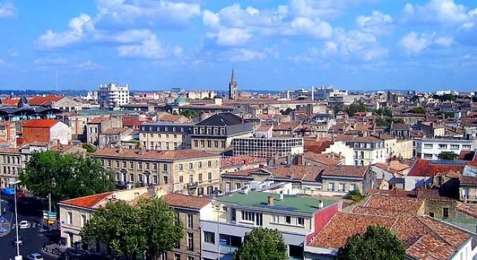 Burdeos, la ciudad francesa que nunca duerme