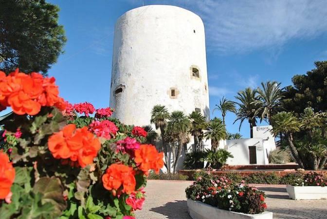 Torre de Cabo Roig, en Alicante