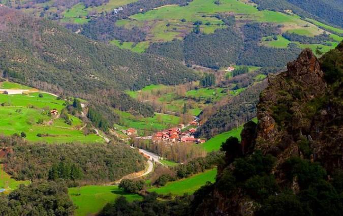 Camaleño, en los Picos de Europa de Cantabria