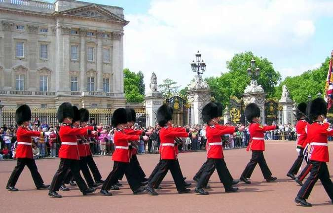 Cambio de Guardia en Buckingham Palace, Londres