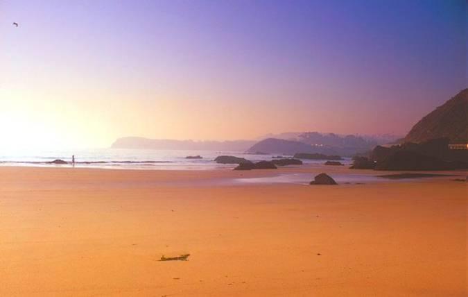 Playa de La Palmera, en Candás, Asturias