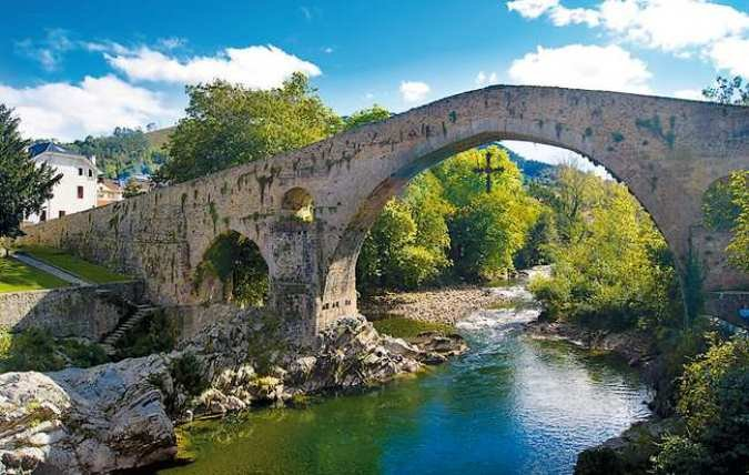 Conoce Cangas de Onís, en el paraíso asturiano