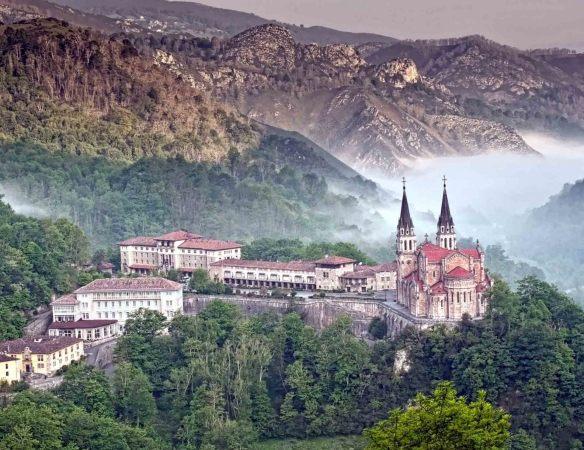 Real sitio de Clavdonga, en Asturias