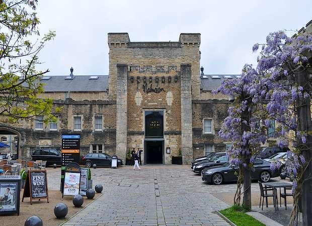 Cárceles reconvertidas en hoteles de lujo