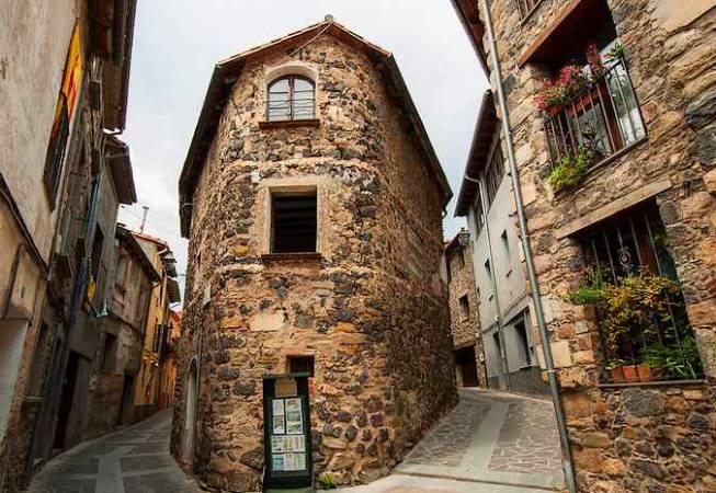 Casco antiguo de Castellfollit de la Roca, en Girona