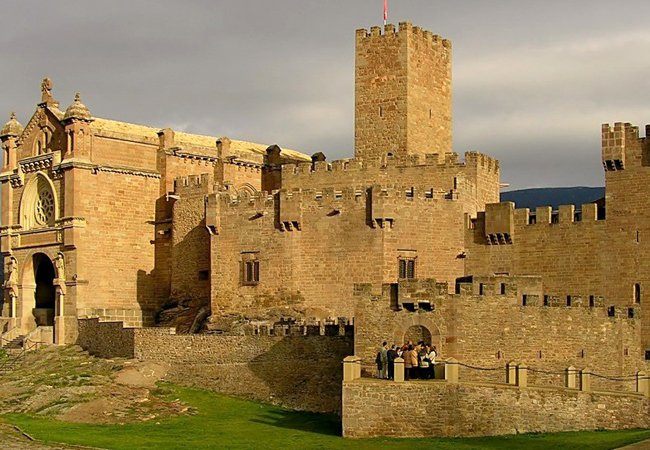 Castillo de Javier: descubre una fortaleza medieval en Navarra