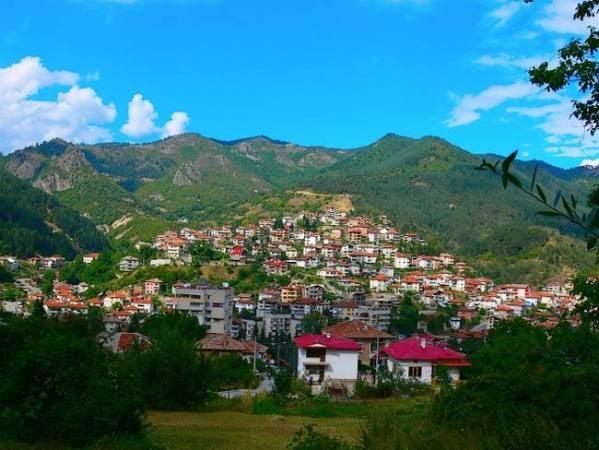 La hermosa ciudad búlgara de Devin