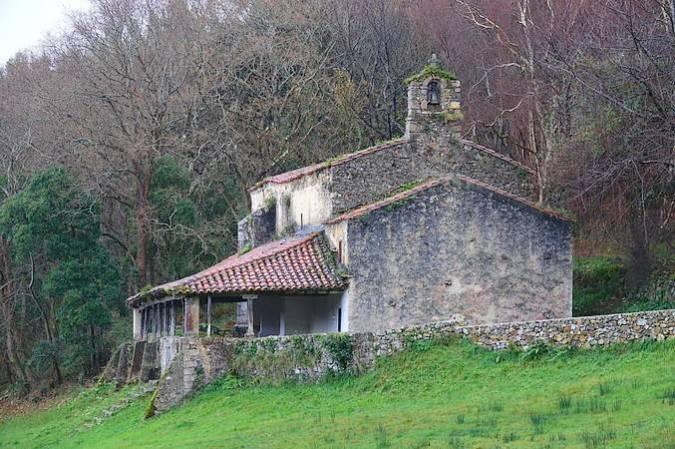 Ermita de San Emeterio, en Colombres, Asturias