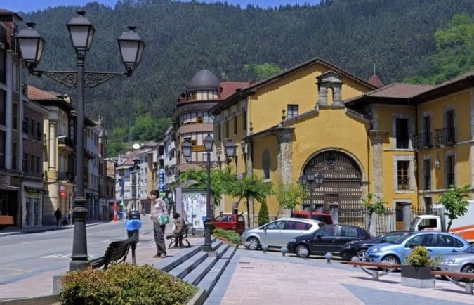 La villa de Infiesto, en Asturias