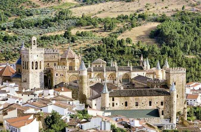 Guadalupe, lugar de peregrinación en Extremadura