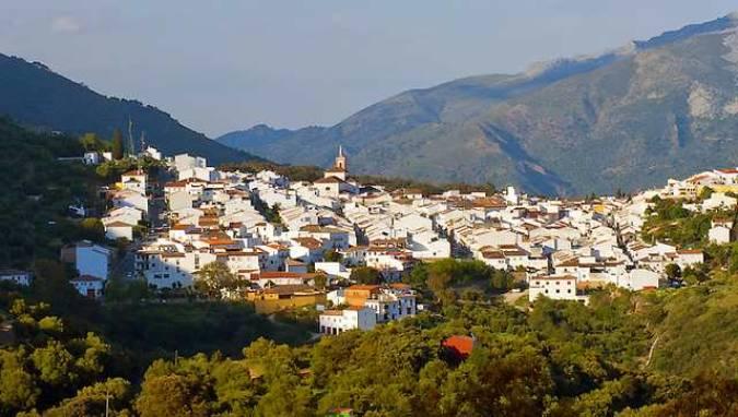 Cortes de la Frontera, un bello pueblo blanco en el interior de Málaga