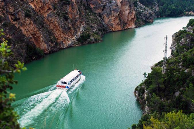 Increíble crucero fluvial por el cañón del río Júcar