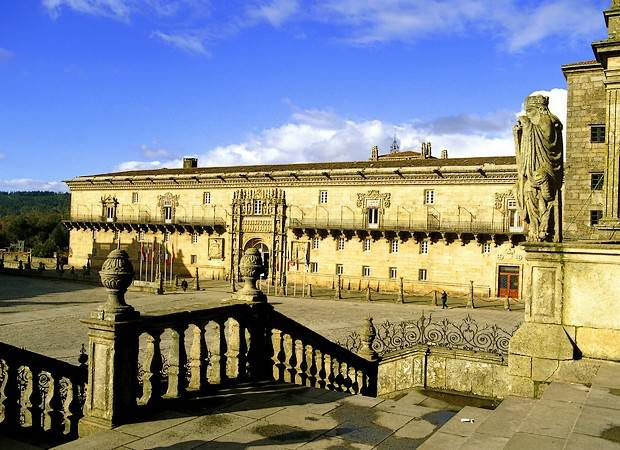 Cuatro hoteles históricos en España