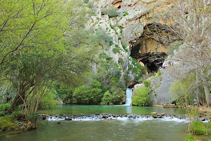 La Cueva del Gato, en el malagueño pueblo de Benaoján