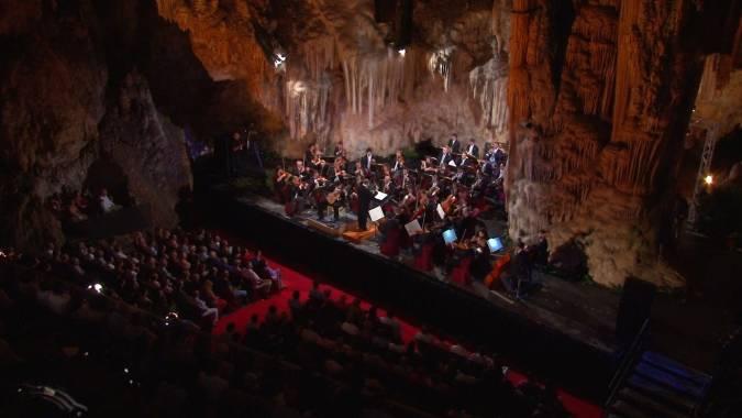 Escenario de la Cueva de Nerja, en Málaga