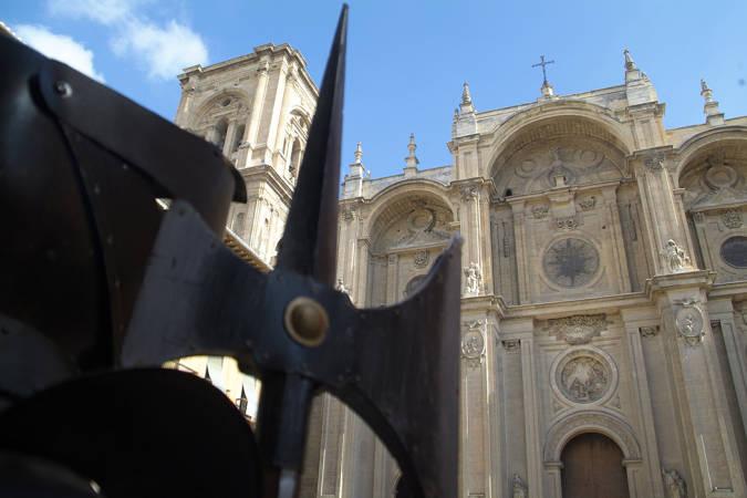 Descubre todo sobre la Catedral de Granada, ¡te sorprenderá!