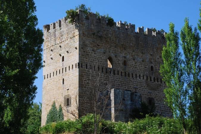 Torre de los Montero, en Espinosa de los Monteros, Burgos