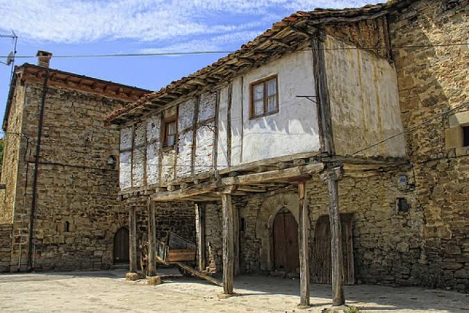 Arquitectura tradicional en Espinosa de los Monteros, en Burgos