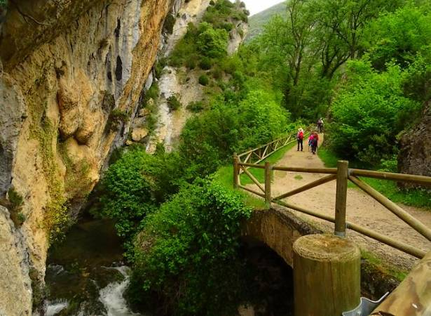 El Desfiladero del río Purón, entre Álava y Burgos
