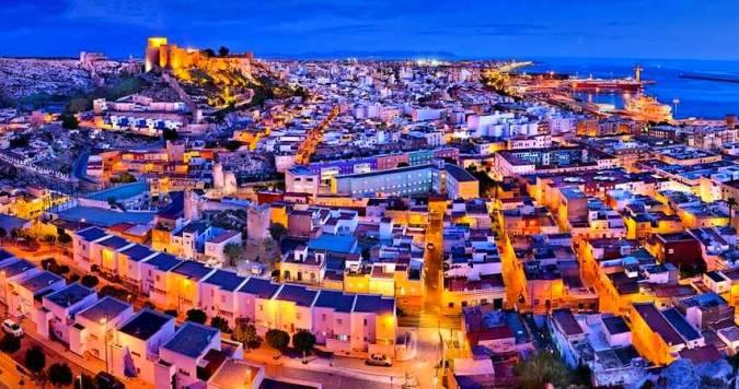 Diccionario básico para defenderte si viajas a Almería