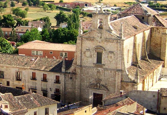 Escapada a Dueñas para conocer la esencia de Castilla y León
