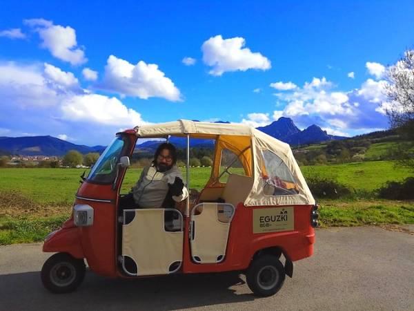 "Recorrer Durango en ""tuk tuk"", un plan muy especial"