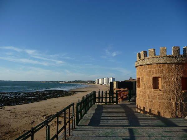 El animado y luminoso Puerto de Santa Maria, en Cadiz