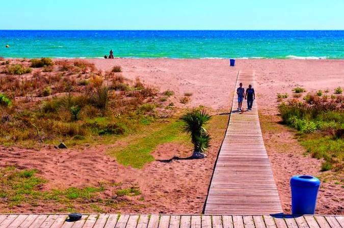 El Prat de Llobregat: naturaleza, arquitectura y mar junto a Barcelona