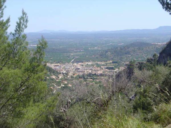 El pueblo de Alaró, en el interior de la isla de Mallorca