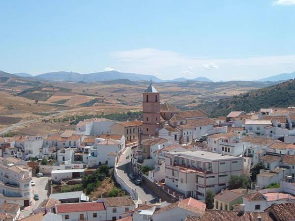 El pueblo de Casabermeja, en los Montes de Málaga