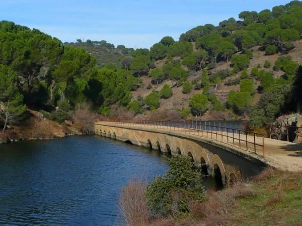 Vía Verde en el Embalse de Picadas, en Madrid