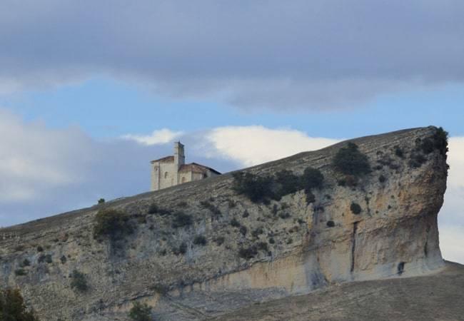 En busca del Santo Grial en una ermita de Burgos