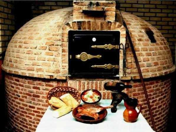 Horno para asados de carne en Lerma, Burgos