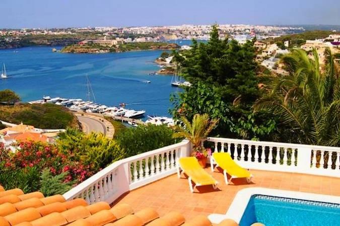 Escapada romántica a Cala Llonga, en Menorca