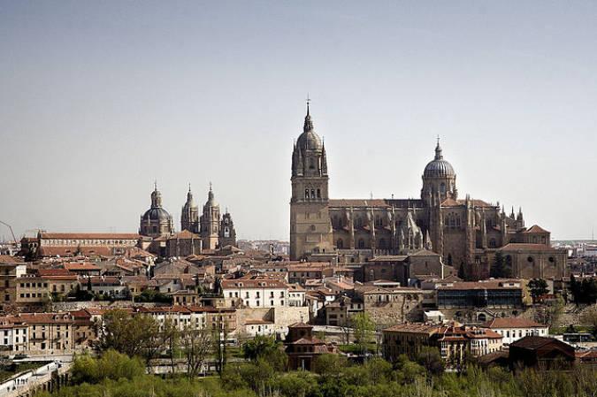 Exe Hall88 Apartahotel, en la ciudad de Salamanca