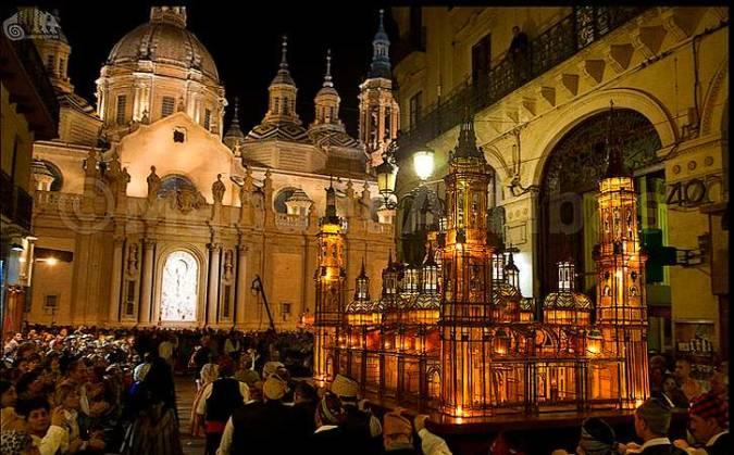 Procesión del Rosario de Cristal, en Zaragoza
