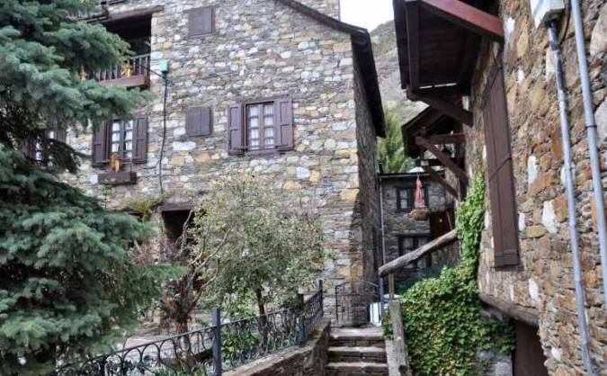 El pueblo de Garós, en el Valle de Arán, Lleida