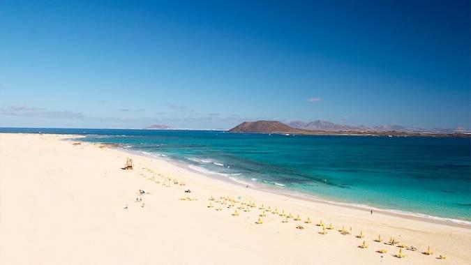 Las paradisíacas Grandes Playas de Corralejo, en Fuerteventura