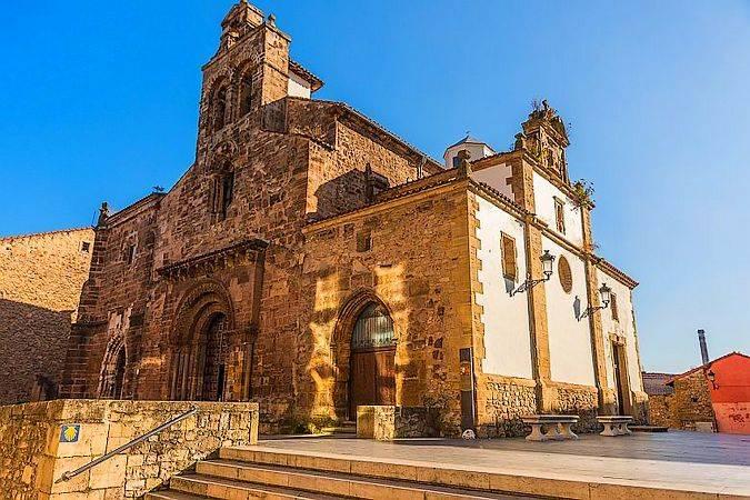 Iglesia de los Padres Franciscanos, en Avilés, Asturias