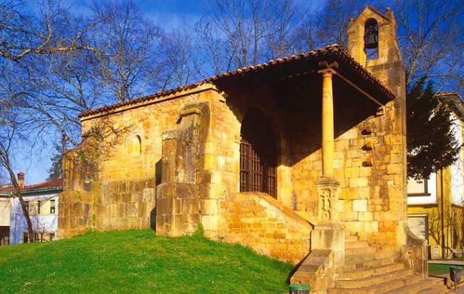 Ermita de la Santa Cruz, en Cangas de Onís, Asturias