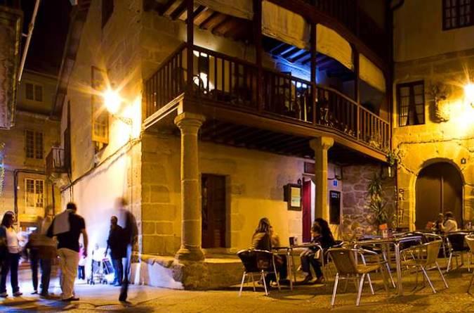 La ciudad de Ourense por la noche